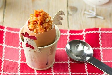 Huevos rellenos para niños