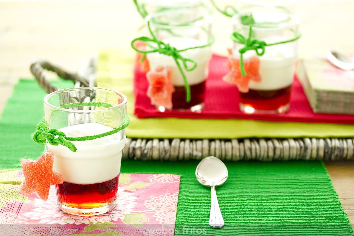 Vasos de yogurt y gelatina de frambuesas webos fritos - Vasos para yogurt ...