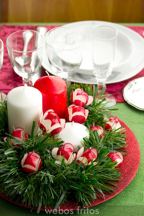 Centro de mesa con rabanitos webos fritos - Centros navidenos de mesa ...