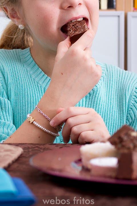 Turrón de chocolate fácil y rápido