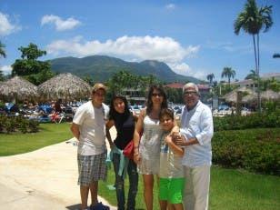 Paqui Martín y su familia