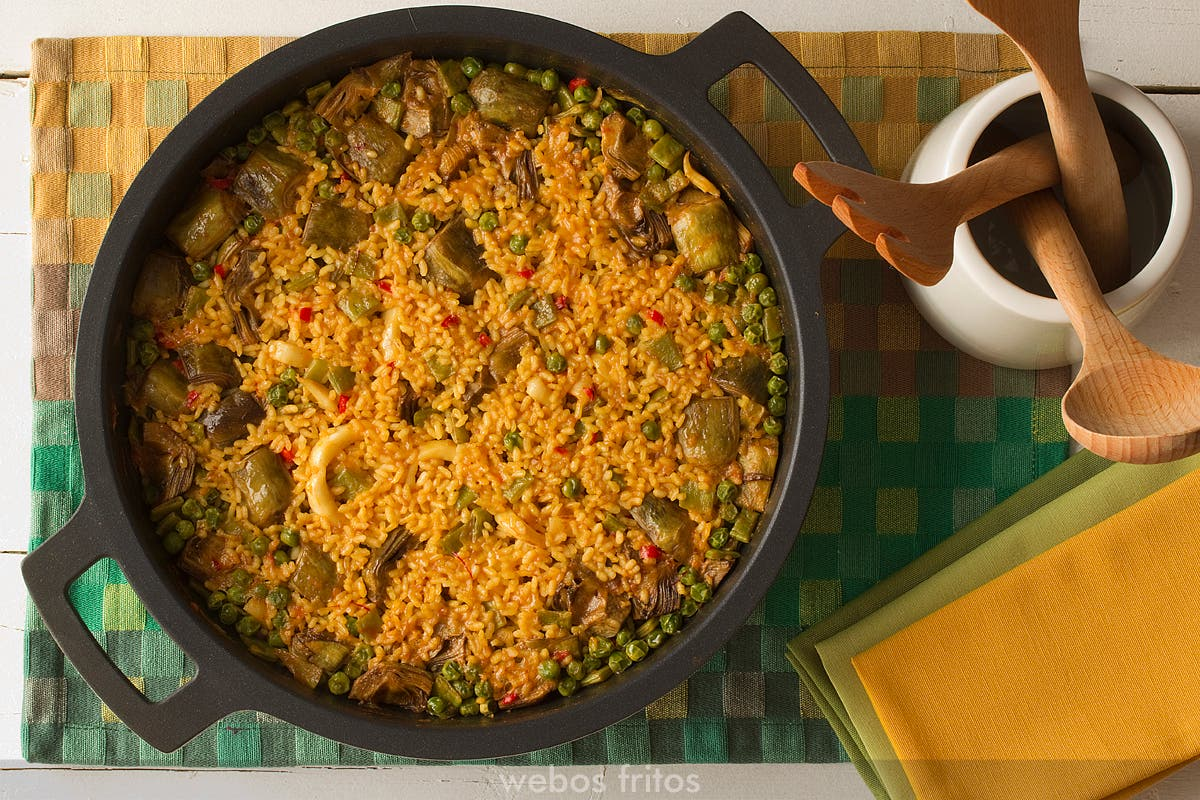 Arroz con calamares y verduras webos fritos - Arroz con alcachofas y jamon ...