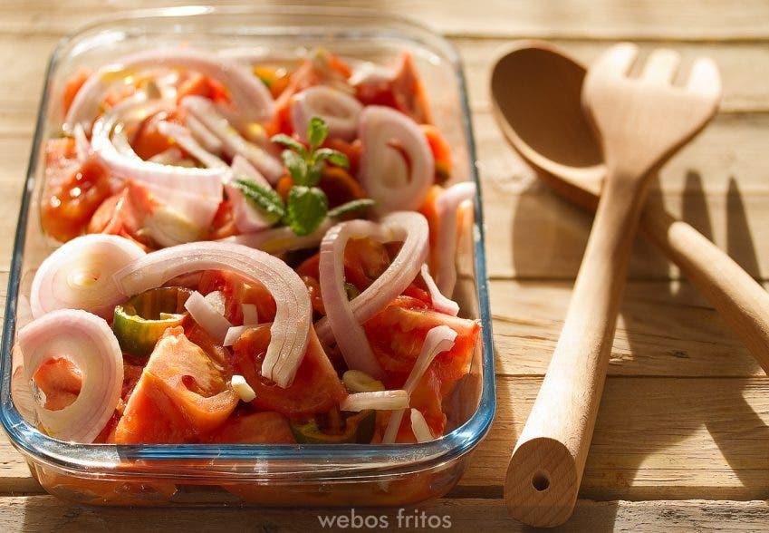 Ingredientes de la salsa antes de asar