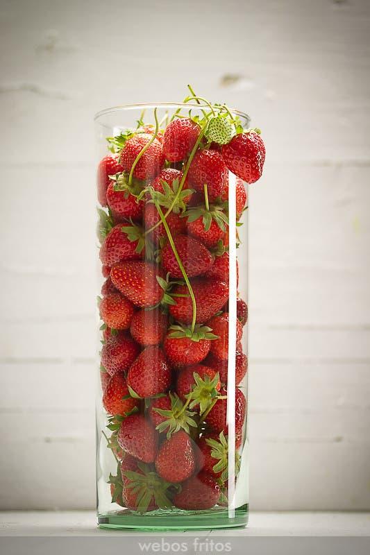 Jarrón con fresas