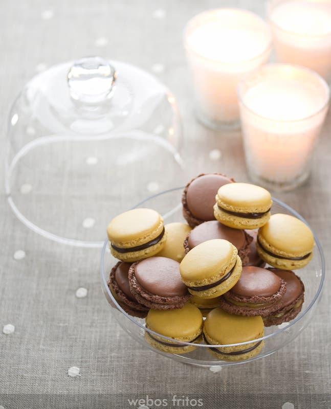 Macarons de chocolate y turrón