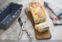 Croque cake de alcachofas y jamón ibérico