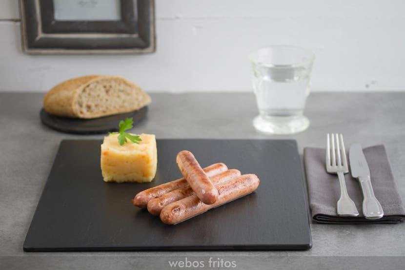 Salchichas de pollo al vino