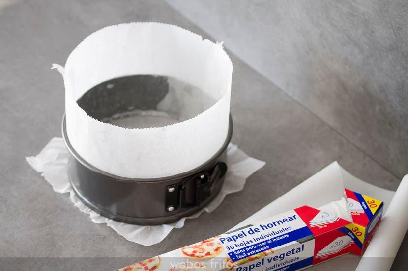 Como forrar el molde para el brownie cheesecake