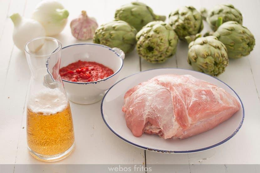 Ingredientes para el guiso de cerdo con alcachofas