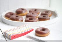 Donuts de chocolate tipo Krispy Creme
