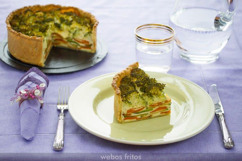 Ración de la tarta de verduras