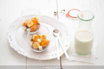 Vasitos de granola y fruta