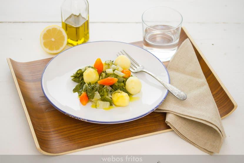 Hervido de acelgas, patata y zanahoria