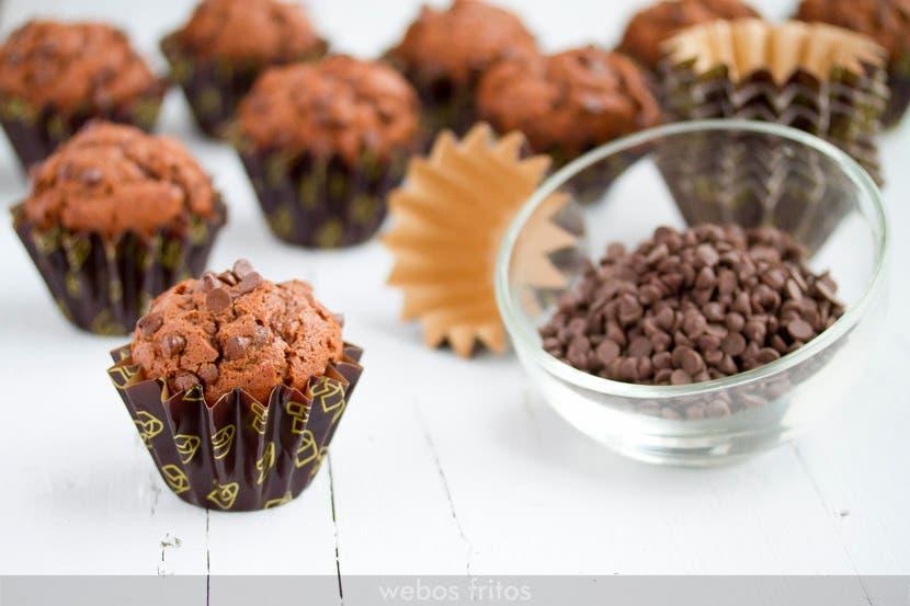 Magdalenas de chocolate negro