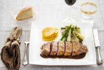 Entrecot de Ternera Gallega con salsa de vino y verduras