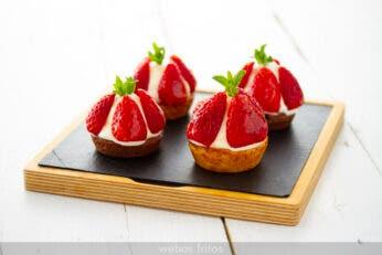 Tartaletas de fresas y crema madame