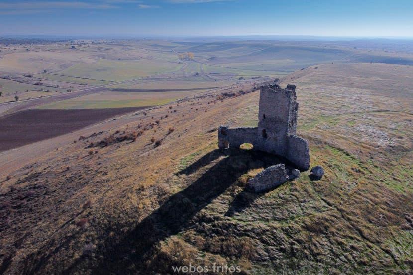 Torresaviñán y Saúca. Castillo de la Luna
